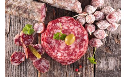 Рецепт «Вкуснейшая Домашняя сыровяленая колбаса в условиях квартиры»